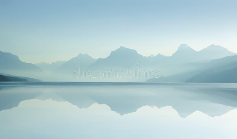 07 d 8 lake mglisty fotografia royalty free