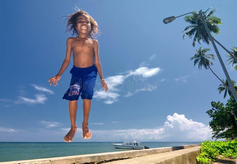 07 lyckliga ungar papua fotografering för bildbyråer
