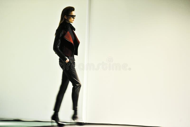 Download 080 Barcelona moda fotografia editorial. Obraz złożonej z moda - 28970427