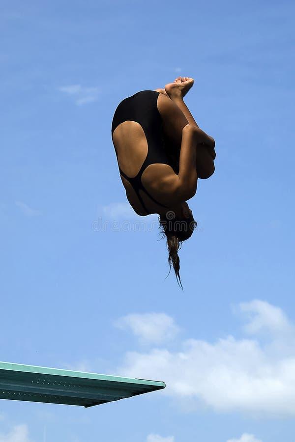 1个潜水女孩池 免版税库存照片