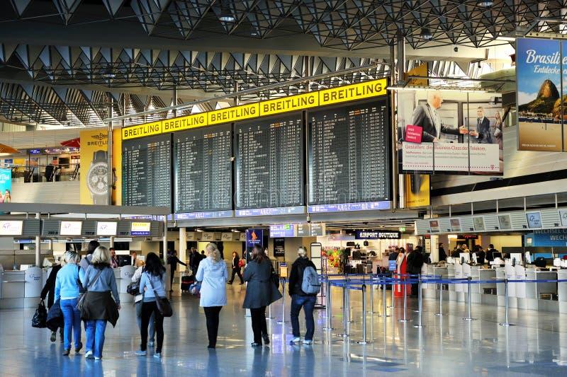 1机场法兰克福片剂终端倍 免版税图库摄影