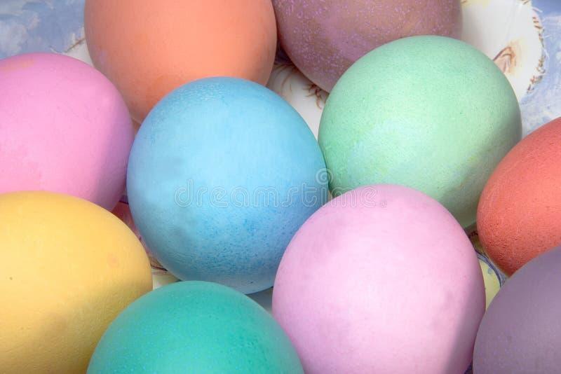 1色的复活节彩蛋 库存照片
