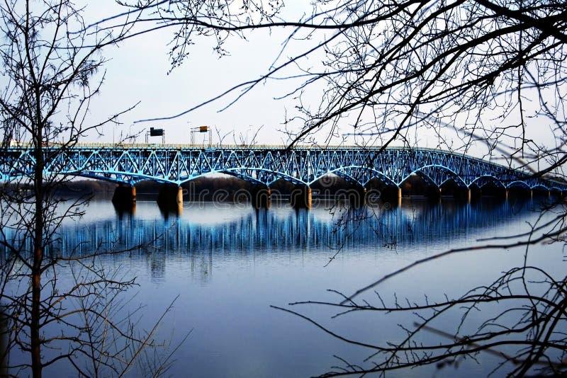 Download 1 γέφυρα στοκ εικόνες. εικόνα από υόρκη, κράτος, δέντρα - 113328