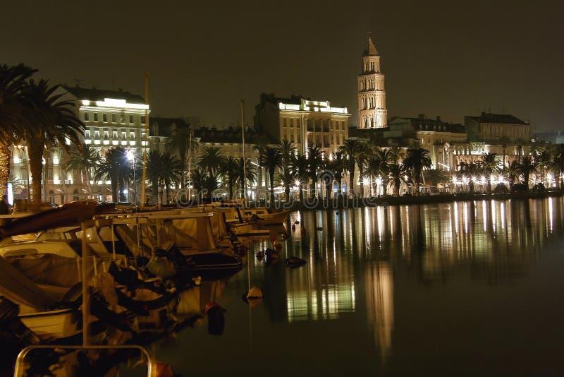 Download 1 διάσπαση λιμενικής νύχτα&sigmaf Στοκ Εικόνα - εικόνα από αρχιτεκτονικής, λεμβούχων: 22785011