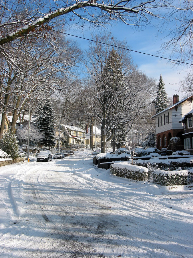 Download 1 χειμώνας οδών στοκ εικόνες. εικόνα από προάστια, κάλυψη - 389408