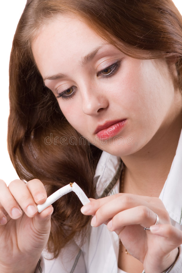 1 красивейшая ломая девушка сигареты стоковые фотографии rf