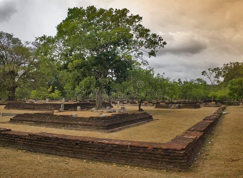 1 anuradhapura fördärvar royaltyfria bilder