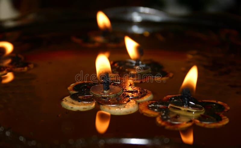 1 candles floating στοκ εικόνα με δικαίωμα ελεύθερης χρήσης