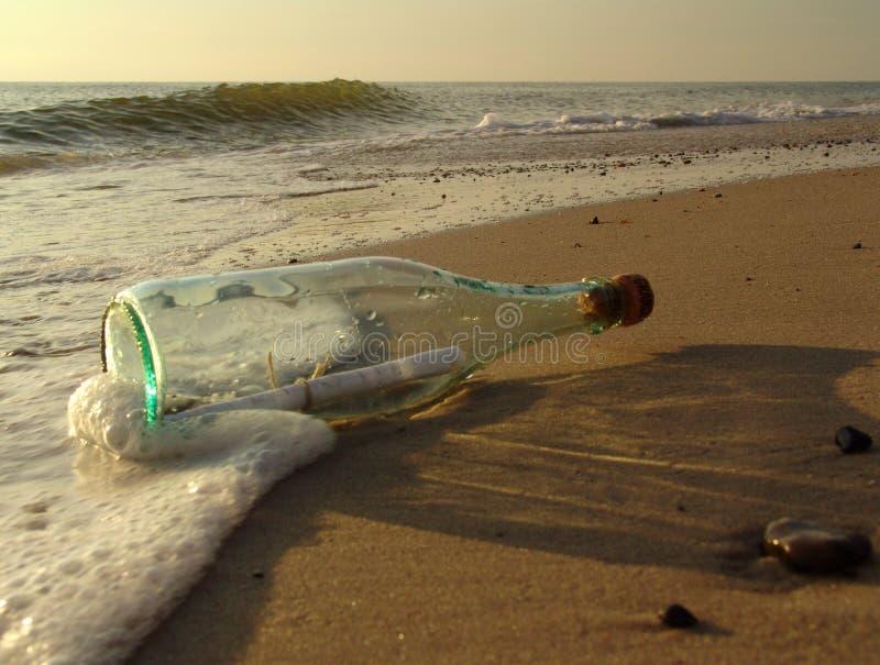 1 flaskmeddelande fotografering för bildbyråer