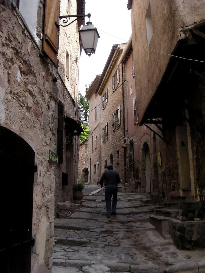 1 hamlet medeltida provence royaltyfri fotografi