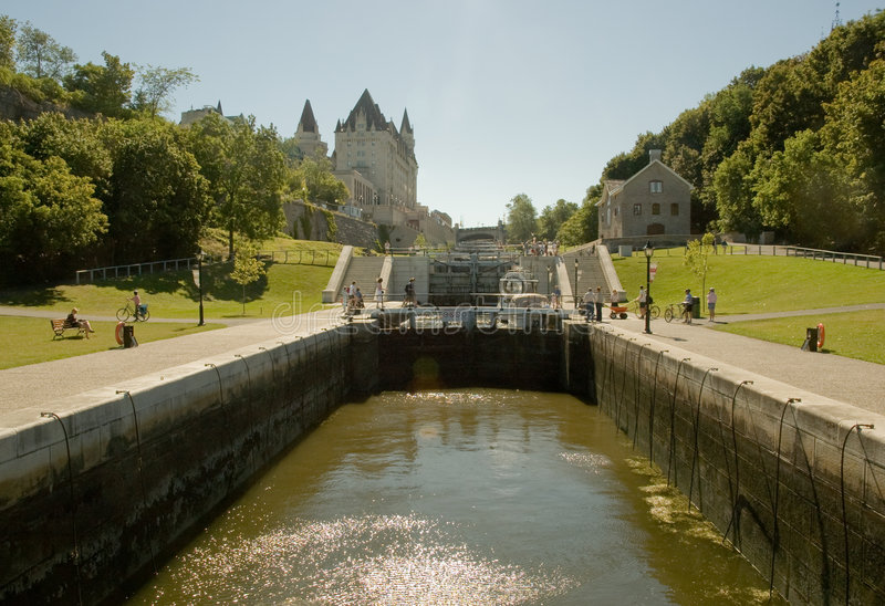 1 kanalrideauwaterway arkivbilder
