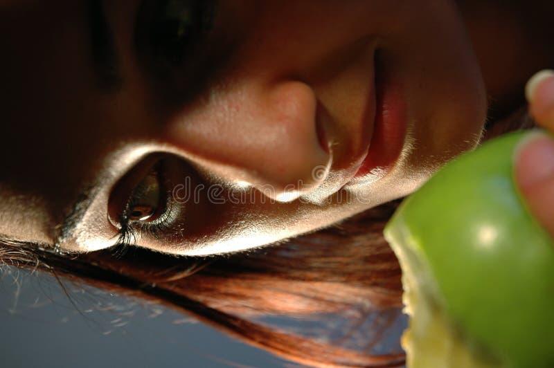 Download 1 nya tugga arkivfoto. Bild av passion, ögon, flicka, läckert - 246710