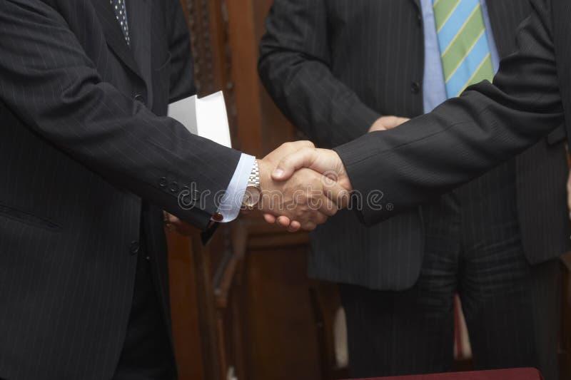(1) ręki spotyka potrząśnięcie obraz royalty free