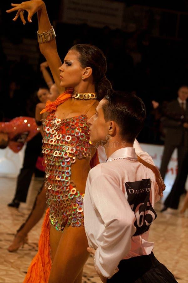 Download (1) Sala Balowej Mistrzostwa Tana Obywatel Zdjęcie Editorial - Obraz złożonej z wyrażenie, taniec: 13336181