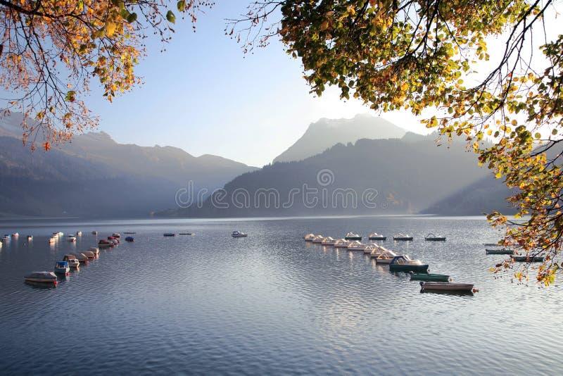 1 Suisse de lac d'automne photographie stock