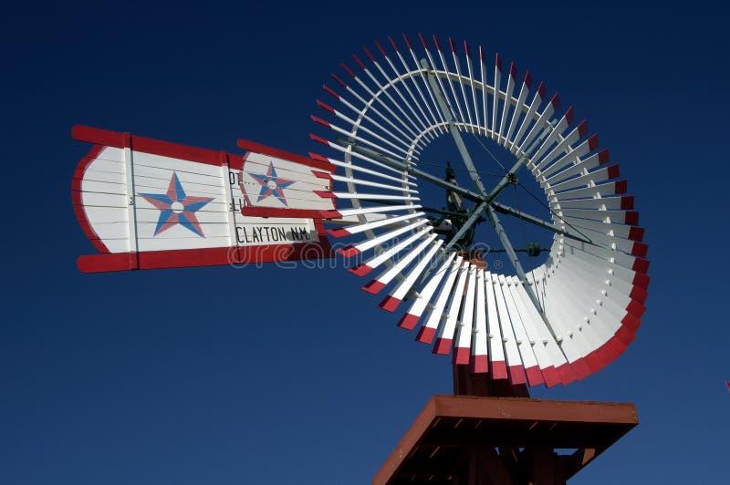 10古色古香的风车 图库摄影