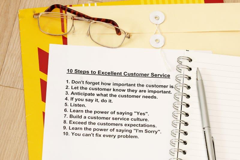 10 Jobstepps zum ausgezeichneten Kundendienst stockbilder