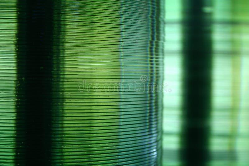 100 cds складывают совместно вверх стоковые фото