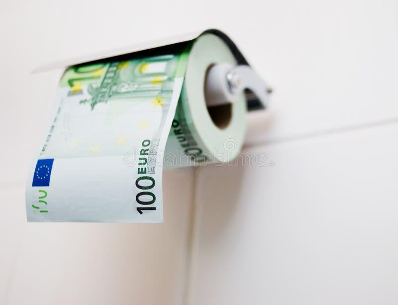 100 euro Toiletpapier royalty-vrije stock afbeeldingen