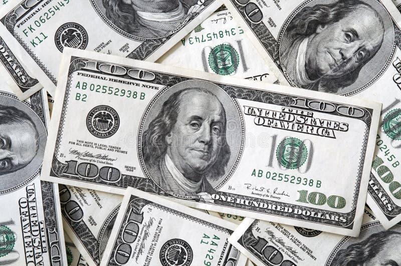 100 zamykają się banknotów $ zdjęcia royalty free