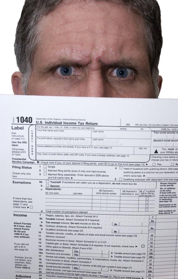 1040 gniewnych robi formularzowych form chwyta mężczyzna podatku podatków zdjęcia stock