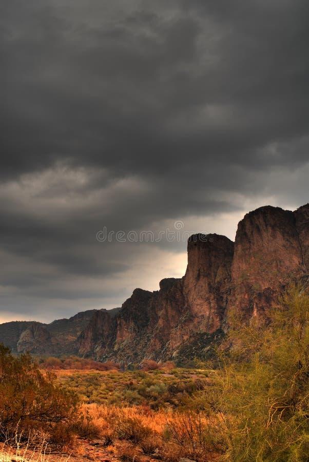 12 θύελλα ερήμων προσέγγισ&e στοκ φωτογραφίες