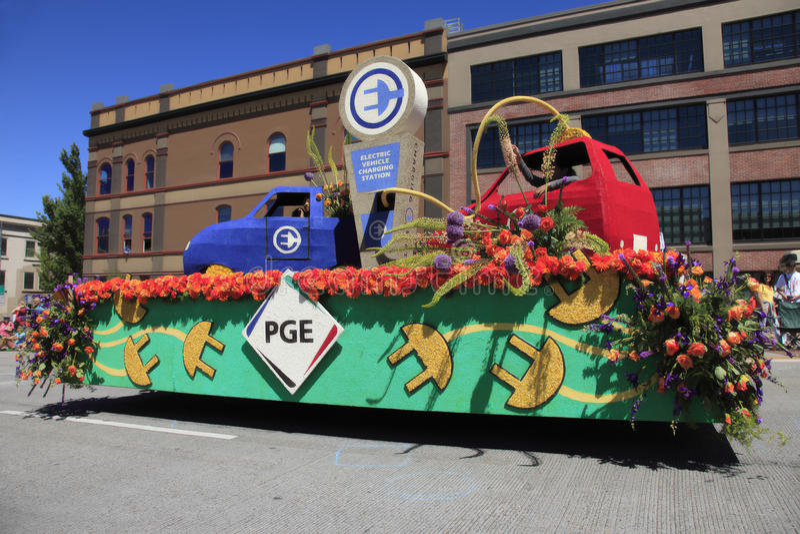 12 roczników festiwalu Czerwiec parada Portland wzrastał obrazy stock