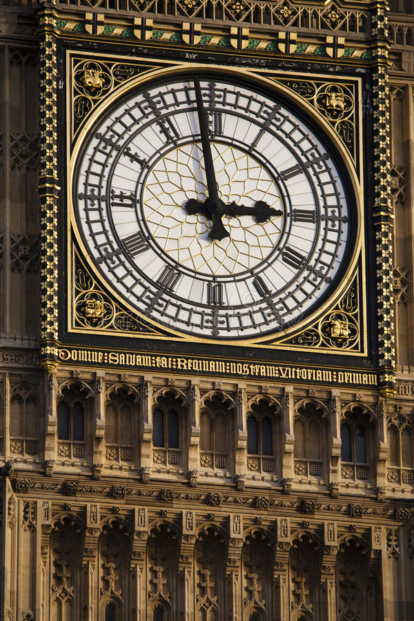 Free 14:59 Big Ben Royalty Free Stock Photos - 28735768