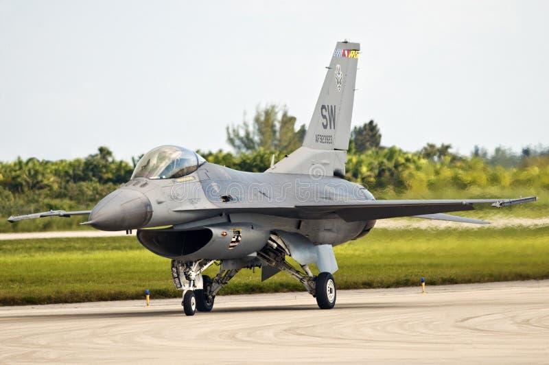 16 f猎鹰喷气式歼击机 图库摄影