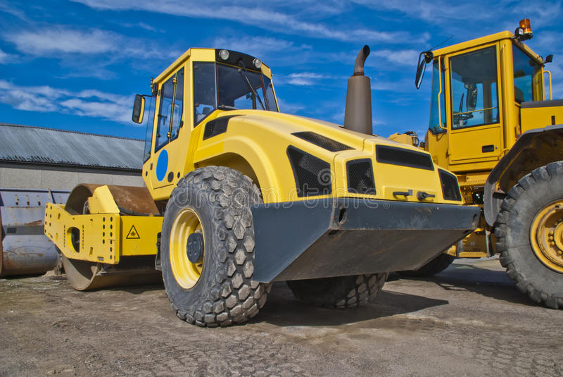 Download 16 Tonnes Single Drum Rollers (bomag) Stock Photo - Image: 26306286