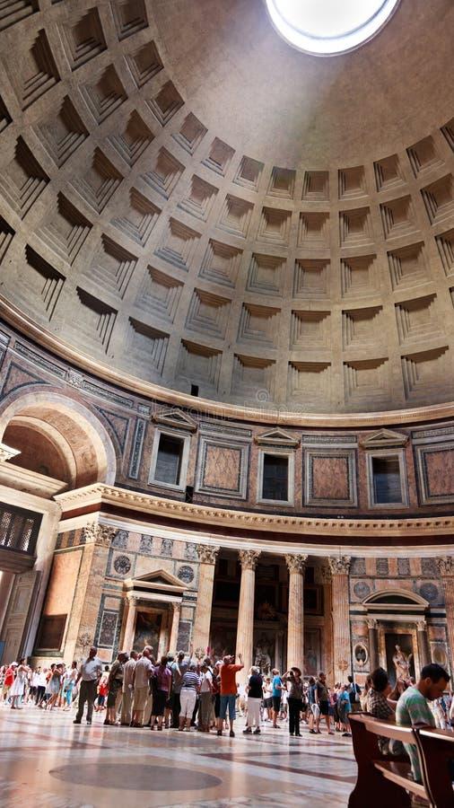 17 2010威严的内部意大利万神殿罗马 库存图片
