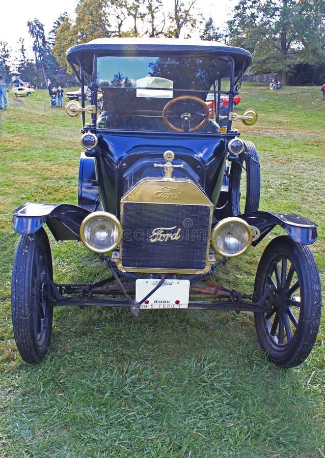 1915 πρότυπο Τ παλαιό αυτοκίνητο διάβασης στοκ φωτογραφίες με δικαίωμα ελεύθερης χρήσης