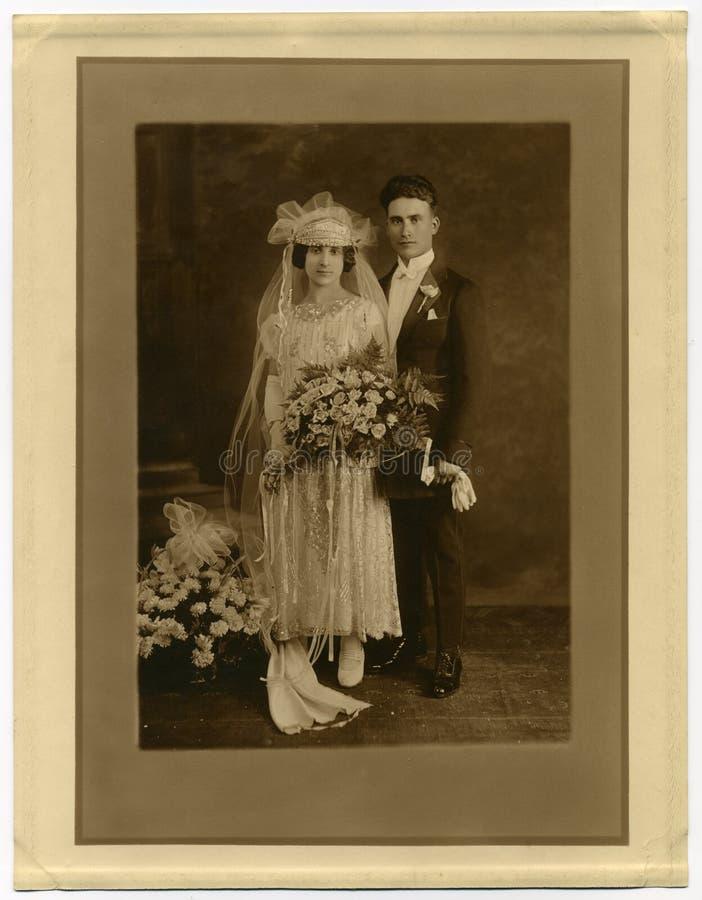 1925古色古香的婚姻原来的照片 免版税库存照片
