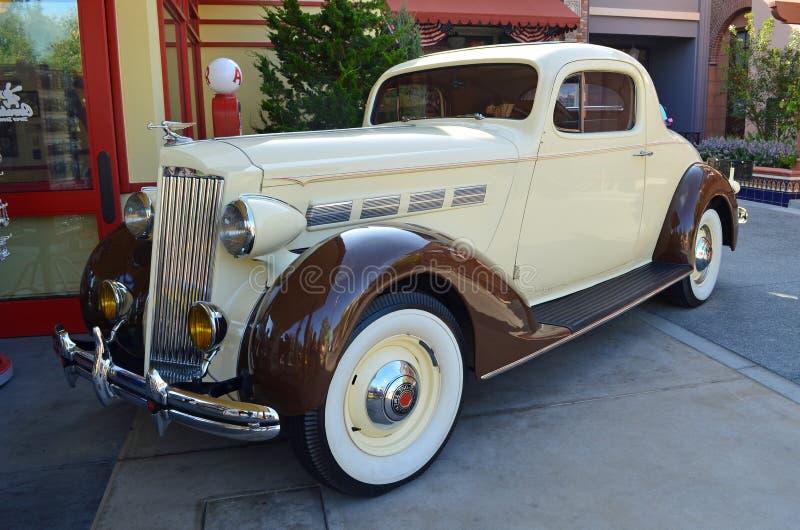 1937 herstelde Coupé Packard, volledig royalty-vrije stock afbeelding