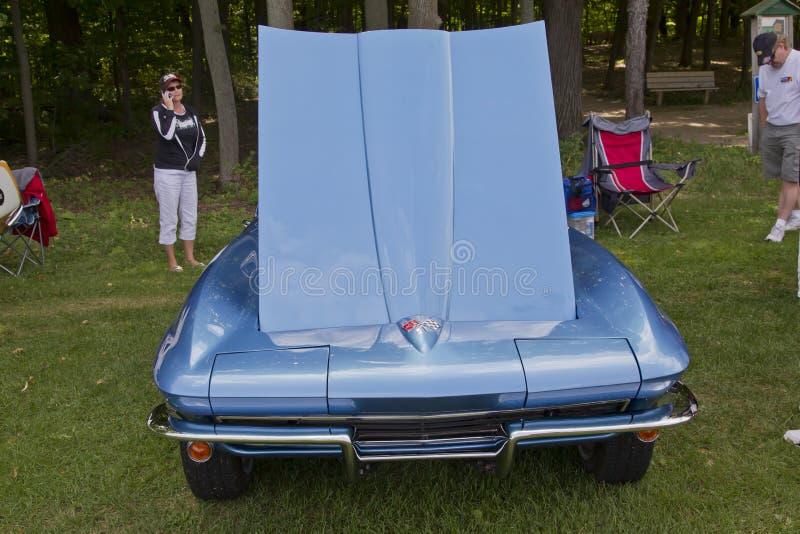 1965 het Vooraanzicht van het Korvet Chevrolet stock foto