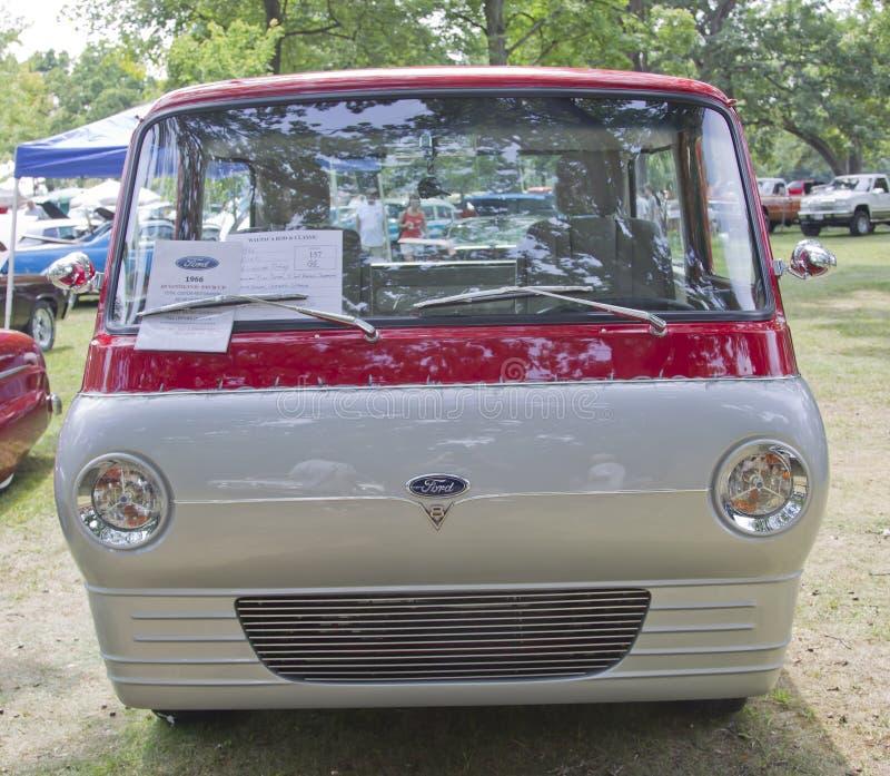 1966年福特Econoline卡车前面 图库摄影