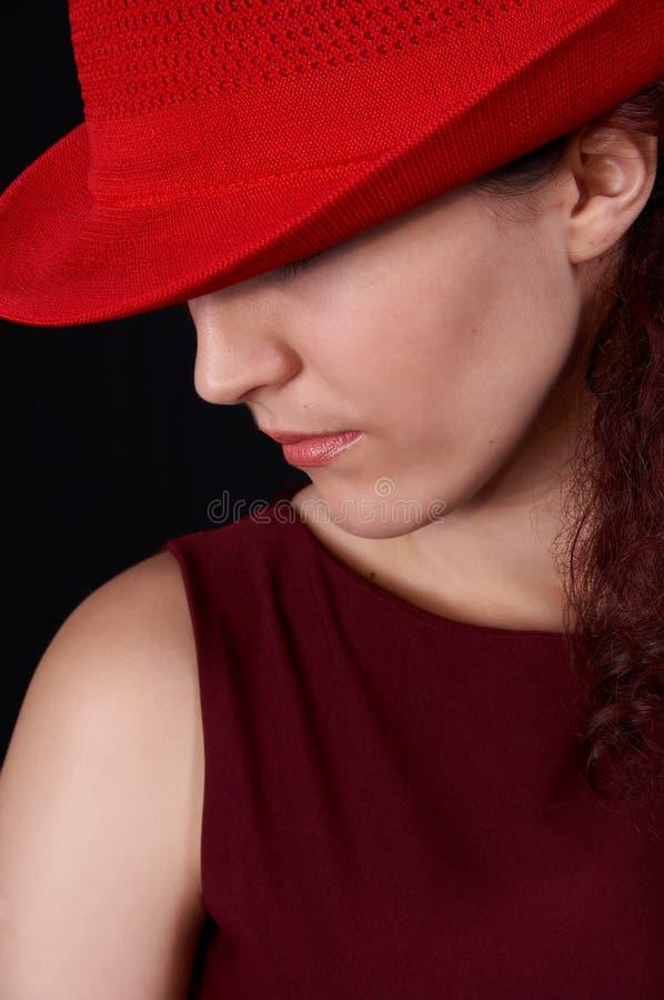 2个女孩红色 免版税图库摄影