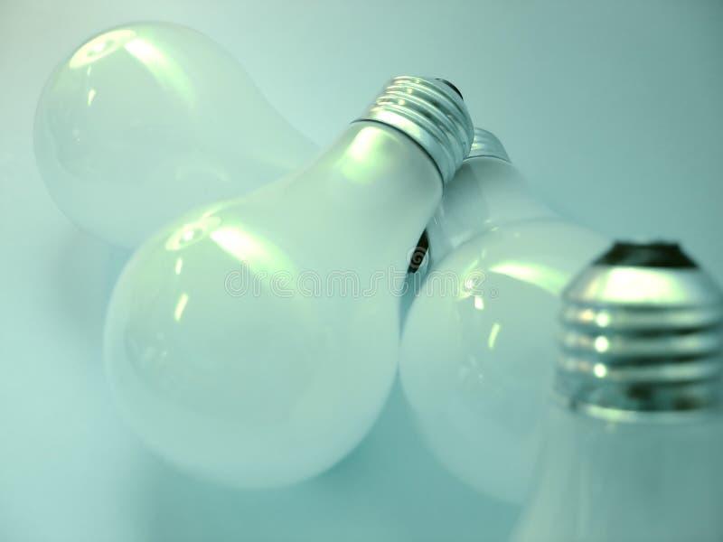 2个电灯泡 免版税库存图片