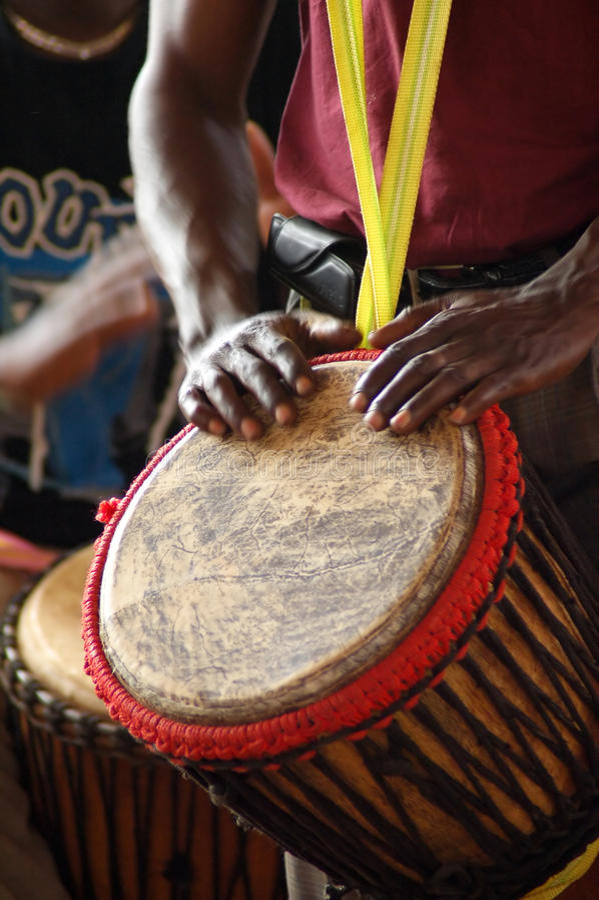 2个非洲人鼓手 免版税库存照片