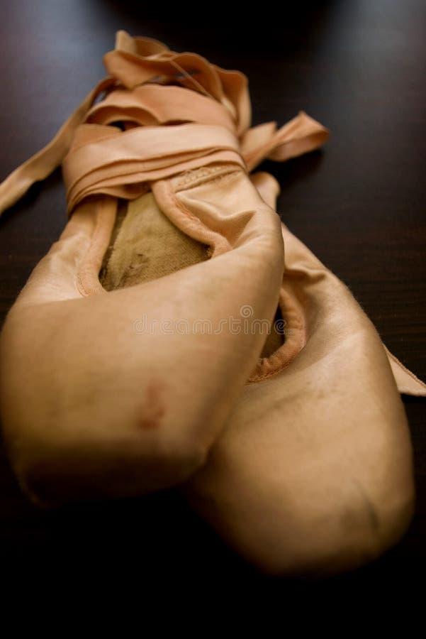 2只芭蕾舞鞋 库存图片