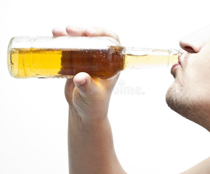 Download 2啤酒喝 库存照片. 图片 包括有 browne, bridals, 侥幸, 校正, 杯子, 贮藏啤酒, bothy - 8364132