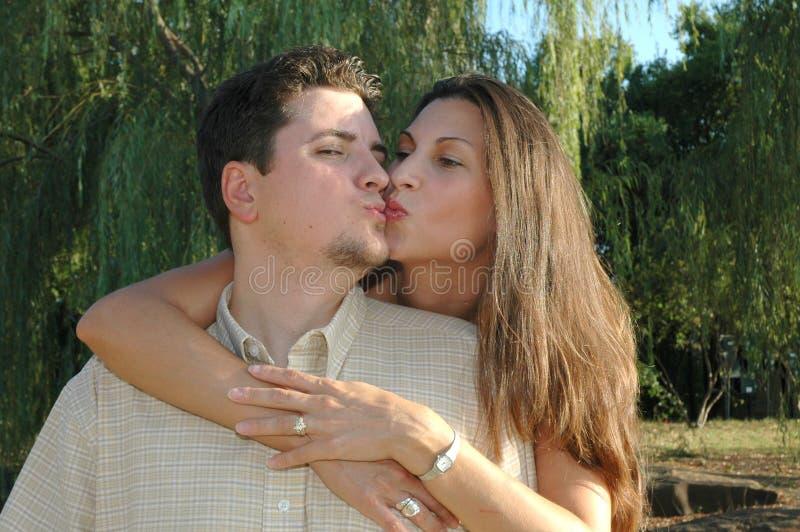 2对夫妇结婚了 库存图片