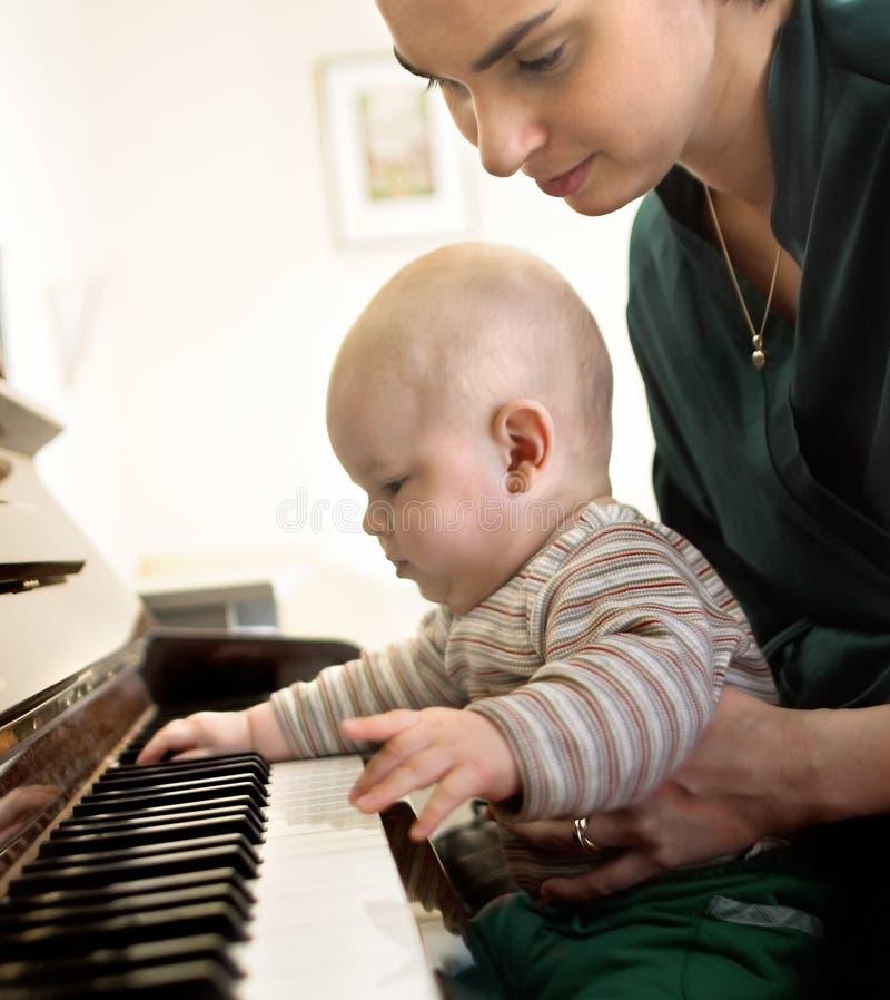 2架钢琴使用 免版税库存照片