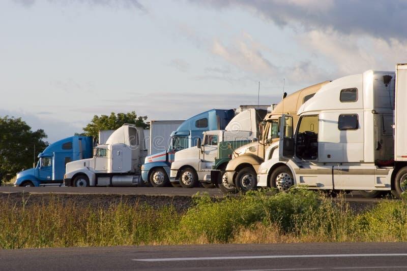 2线路卡车 免版税图库摄影