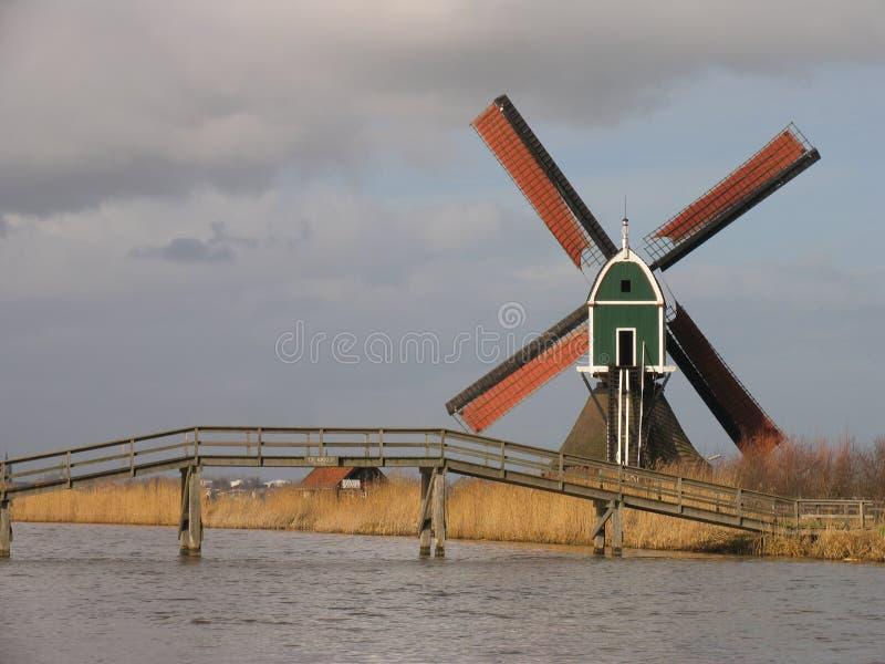 2荷兰语风车 免版税图库摄影