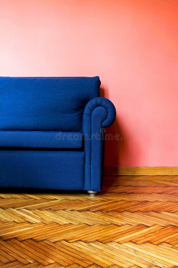 2蓝色沙发 库存照片