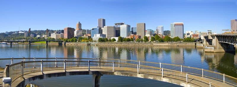 2 śródmieść Oregon panoramy Portland linia horyzontu zdjęcia royalty free