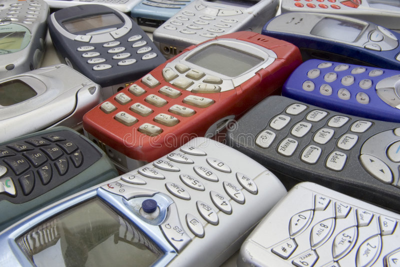 2 κινητά παλαιά τηλέφωνα στοκ εικόνες με δικαίωμα ελεύθερης χρήσης