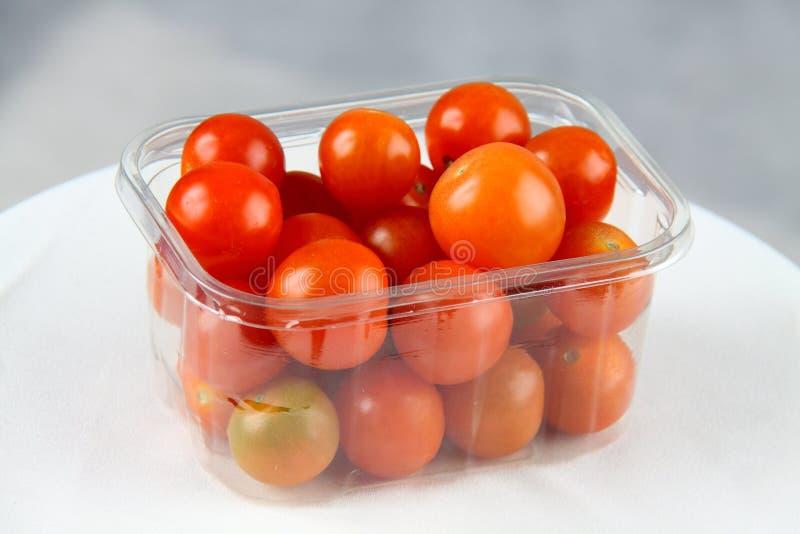 2 ντομάτες κερασιών στοκ εικόνες