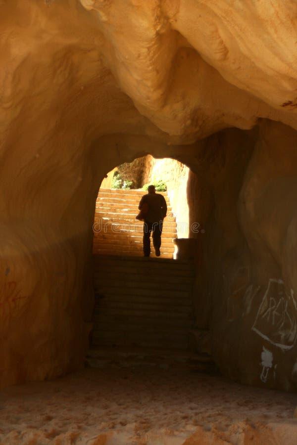 2 σκαλοπάτια σπηλιών στοκ φωτογραφία με δικαίωμα ελεύθερης χρήσης